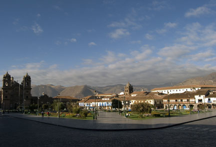 Early morning, Cusco Plaza de Armas; photo by Jorge Vera 2008